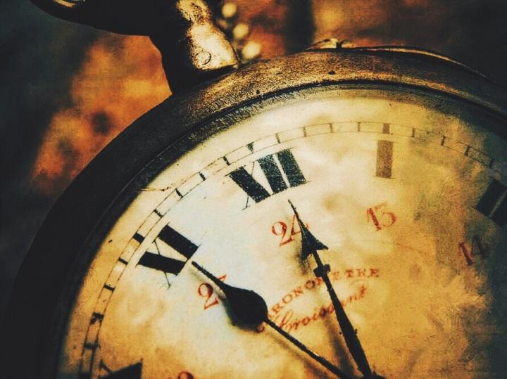 Clock (vintage)