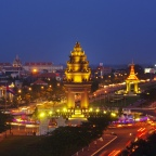 Phnom Penh: A Desperate City
